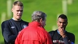 Ryan Shawcross, Ashley Cole & Roy Hodgson (England)