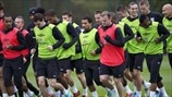 England players train