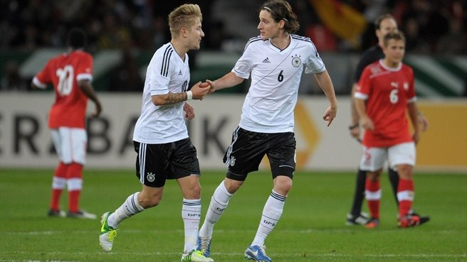 Germany rue missed chances, Switzerland proud