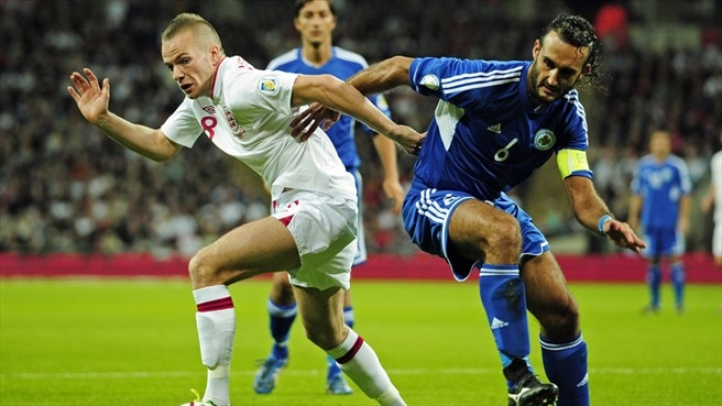 Tom Cleverley (England) & Alessandro Della Valle (San Marino)