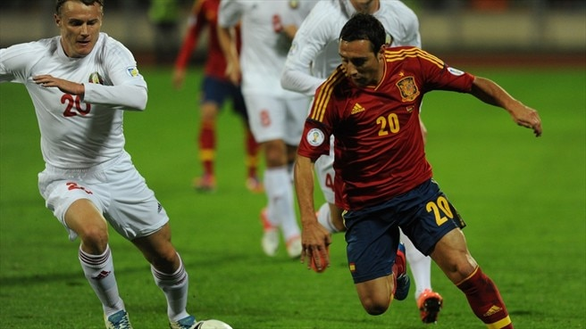Pedro stars as Spain dazzle Belarus