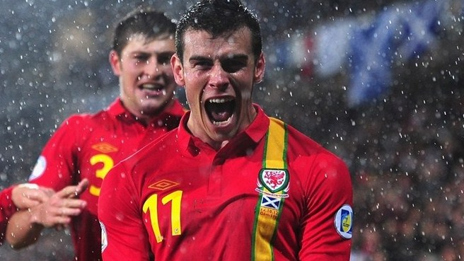 Bale inspires Wales to comeback win