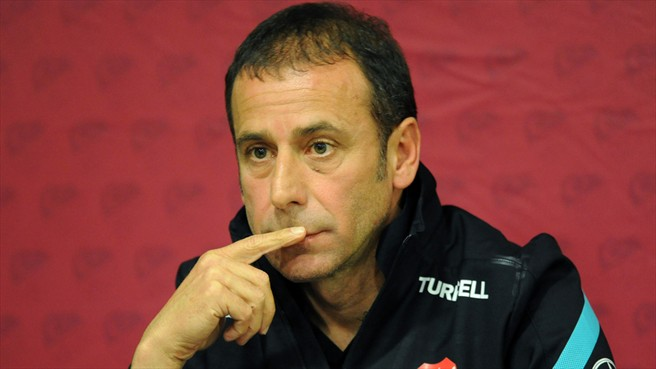 Avcı quits Turkey, Terim approached
