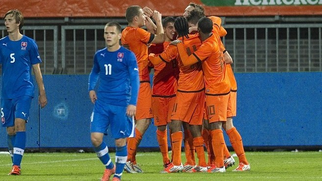 Clinical Netherlands too strong for Slovakia