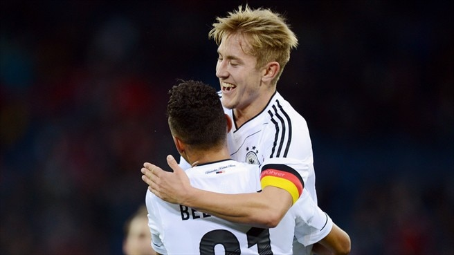 Holtby inspires Germany to sink Swiss