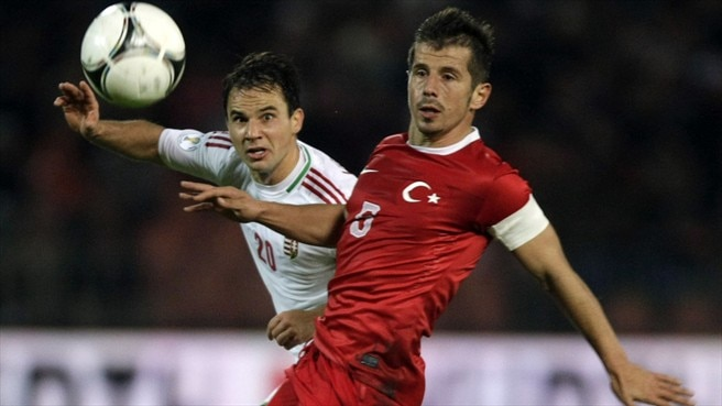 Hungary battle back to beat Turkey