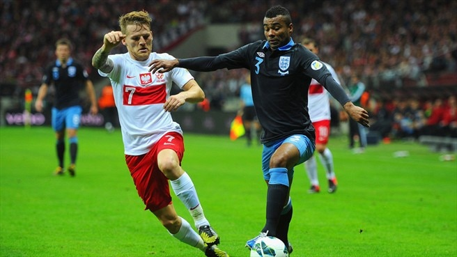 Eugen Polanski (Poland) & Ashley Cole (England)