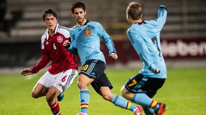 Isco (Spain) & Thomas Delaney (Denmark)