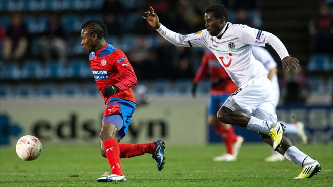 Mame Diouf (Hannover 96) & May Mahlangu (Helsingborgs IF)