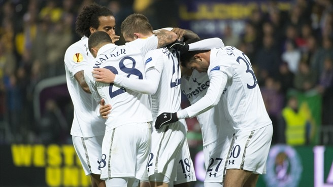 Sigurdsson saves Spurs from Maribor defeat