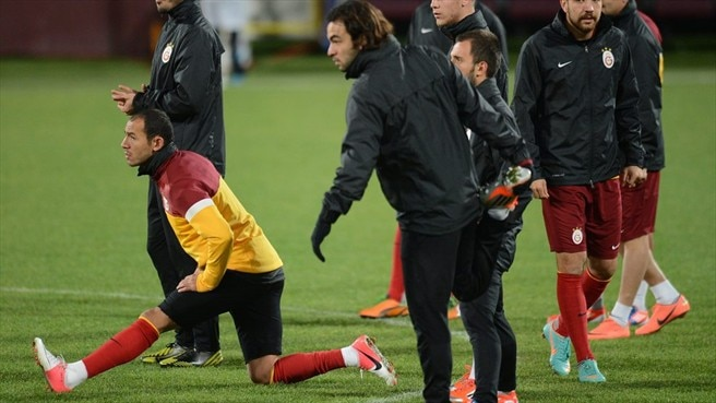 Galatasaray AŞ players train