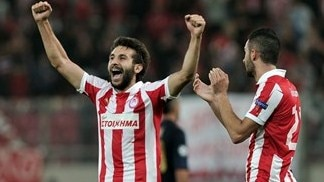 Olympiacos clinch 40th Greek title