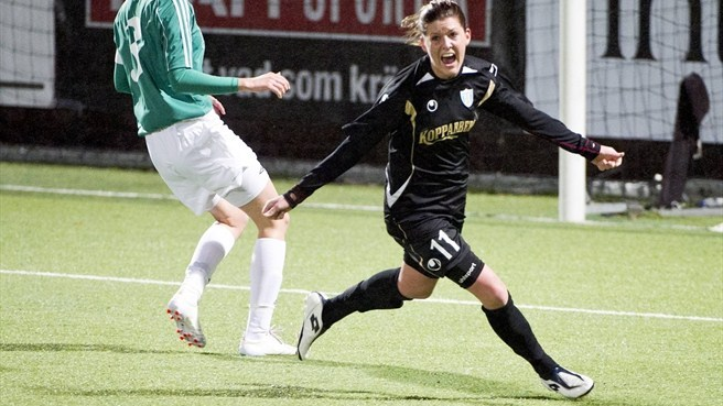 Olivia Schough (Göteborg FC) celebrates