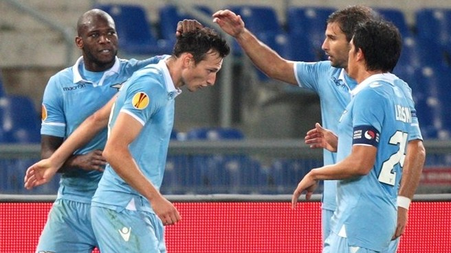 Kozák double keeps Lazio flying high