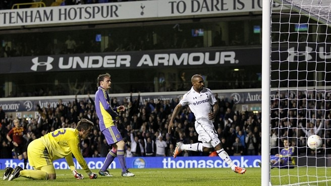 Tottenham toast Defoe's efficiency