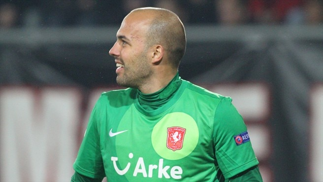Twente's Mihaylov laid off with knee injury