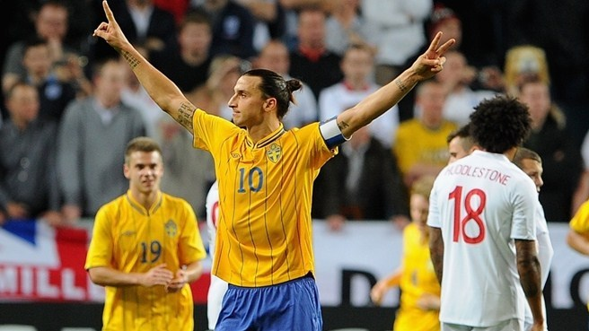 Ibrahimović scores four as Sweden beat England