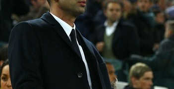 Roberto Di Matteo watches his side's 3-0 defeat at Juventus
