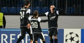 Diego Buonanotte and Seba (right) both scored for Málaga against Zenit