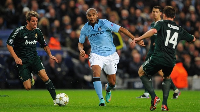 Maicon returns to Italy with Roma