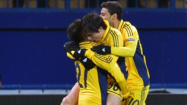 Metalist wrap up top spot with Leverkusen win
