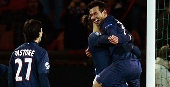 Ezequiel Lavezzi is hoisted aloft after scoring PSG's winner against Porto
