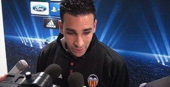 Adil Rami speaks to UEFA.com