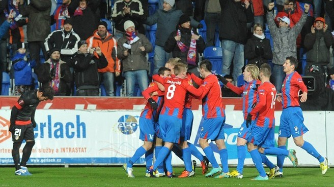 Plzeň pip Atlético to take top spot