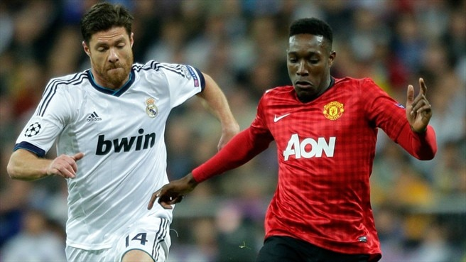 Xabi Alonso (Real Madrid CF) & Danny Welbeck (Manchester United FC)