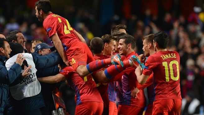 Steaua sink Legia to secure group stage return
