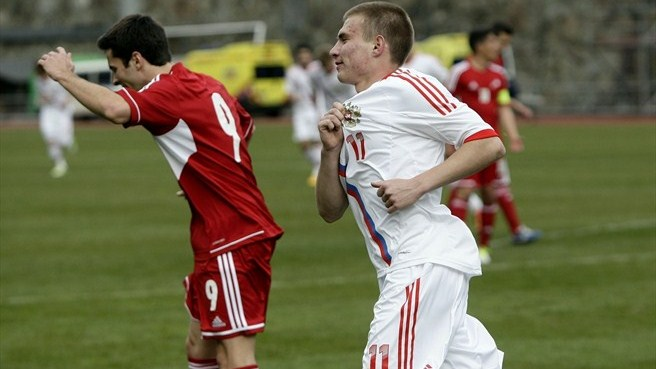 Russia ease past Andorra to make winning start