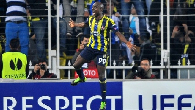 Forceful Fenerbahçe punish ten-man Lazio