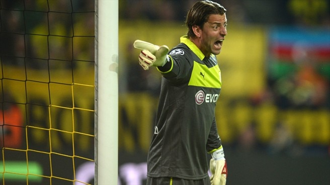 Dortmund's Weidenfeller signs contract extension