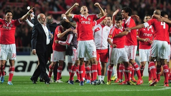 Cardozo double helps Benfica clinch final berth