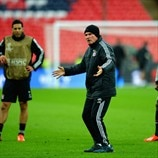 Watch Bayern train
