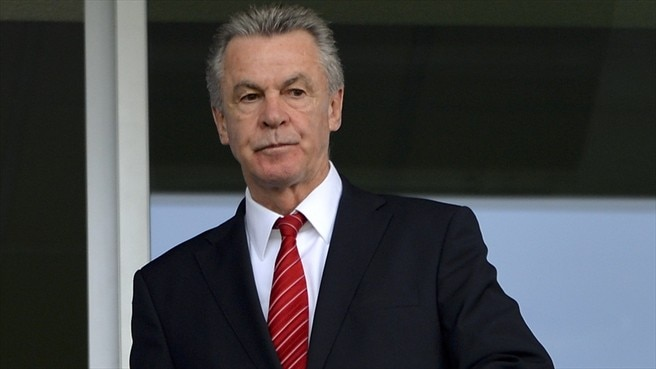 Hitzfeld opts for Switzerland's tried and trusted