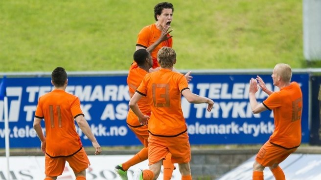 Netherlands leave it late in Group 5 thriller