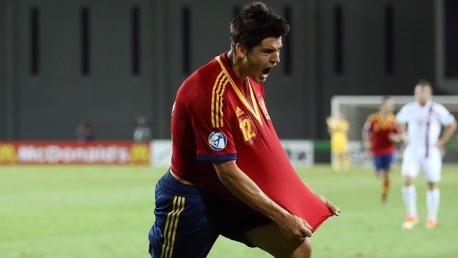 Morata scores four in crushing Spain victory