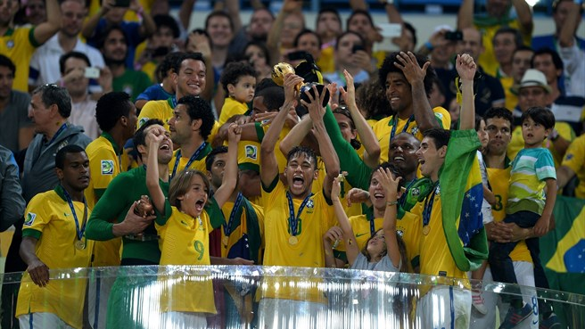 Spain lose Confederations Cup final to Brazil