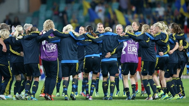 Sundhage hails Schelin's five-star Sweden show