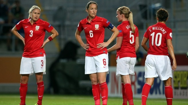 Stephanie Houghton, Casey Stoney, Sophie Bradley & Fara Williams (England)