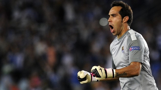 Barcelona land Chile keeper Bravo from La Real
