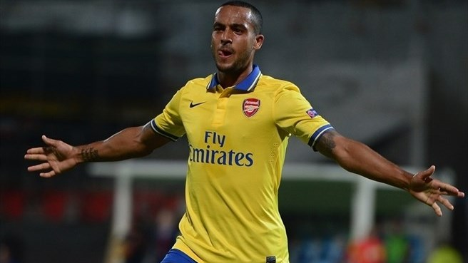 Arsenal and England lose Walcott
