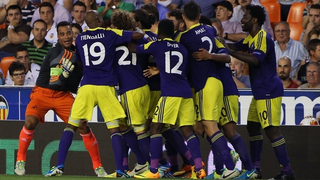 Stylish Swansea make light work of Valencia
