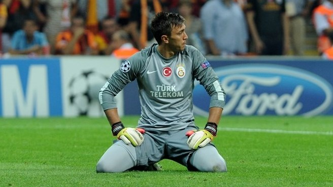 Galatasaray missing Muslera and Sneijder