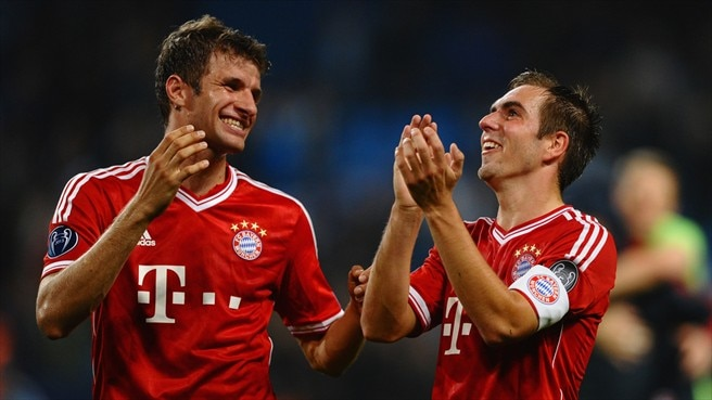 Bayern secure Lahm and Müller