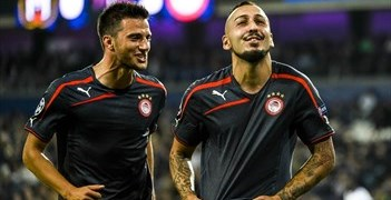 Mitroglou rejoins much-changed Olympiacos