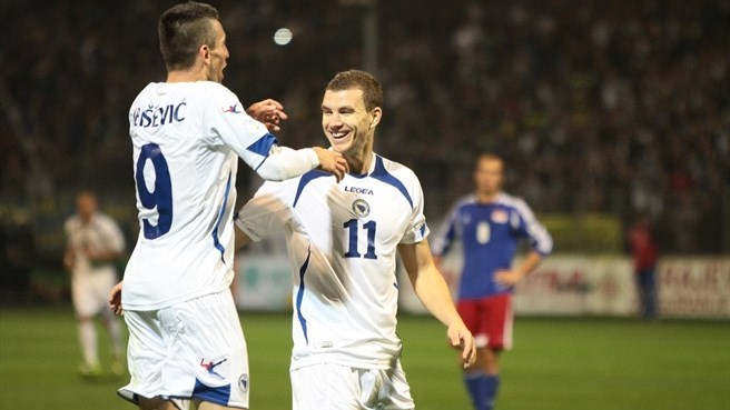 Bosnia and Herzegovina close on World Cup place