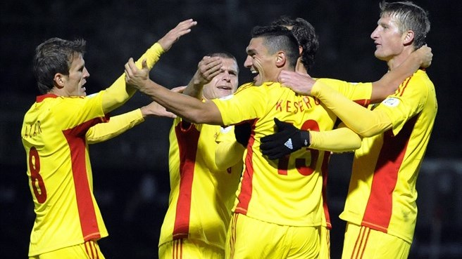 Andorra triumph keeps Romania in the running