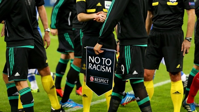 "Players and officials support the ""No to Racism"" action"
